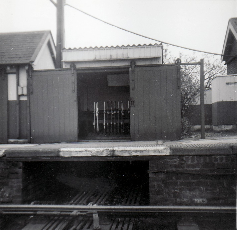 Abbey Town Platform Frame October 1964